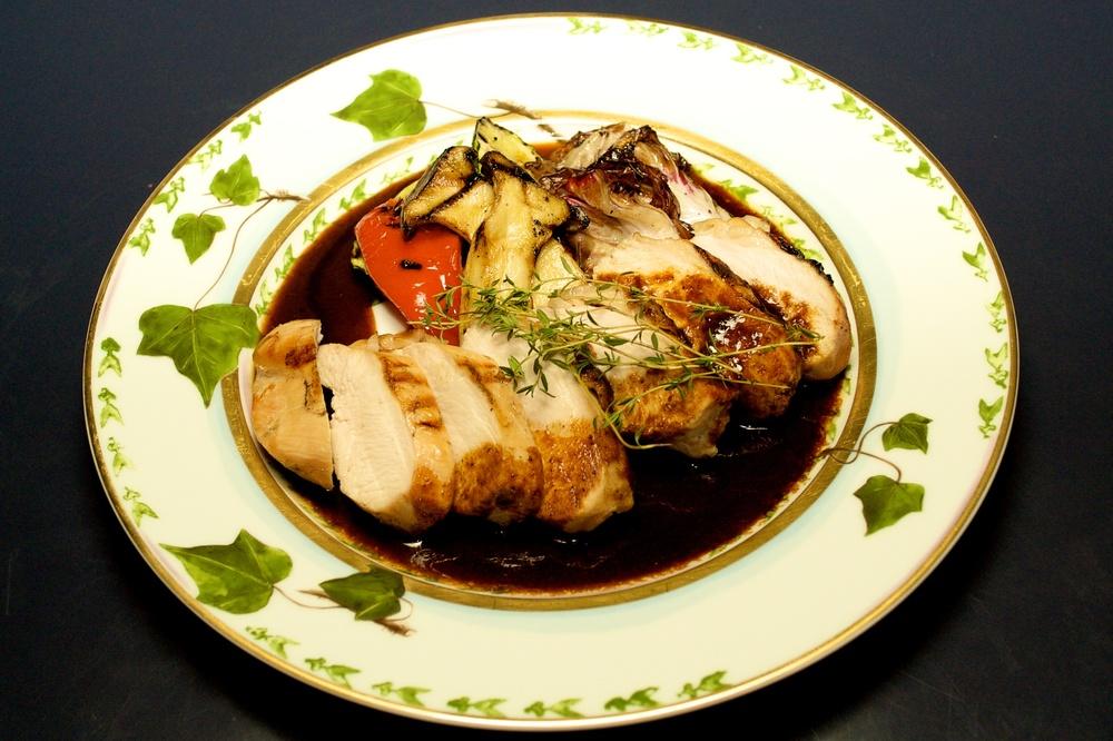 とても柔らかい若鶏の胸肉 ¥2200