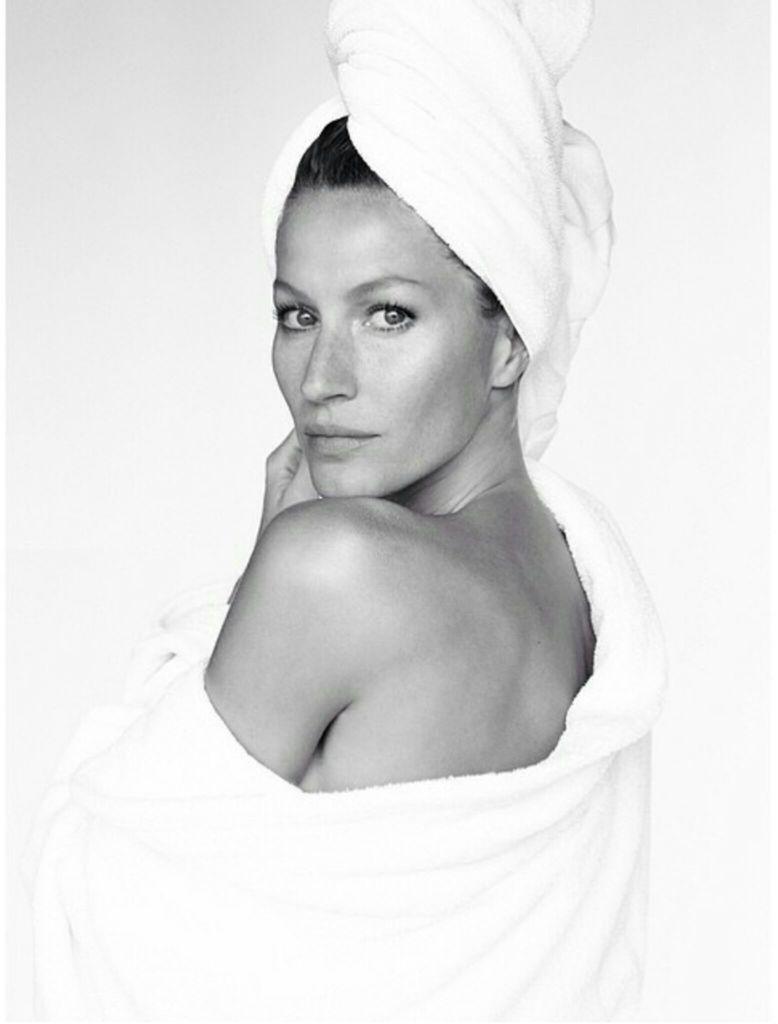 Mario Testino Towel Series    ... with Gisele Bundchen