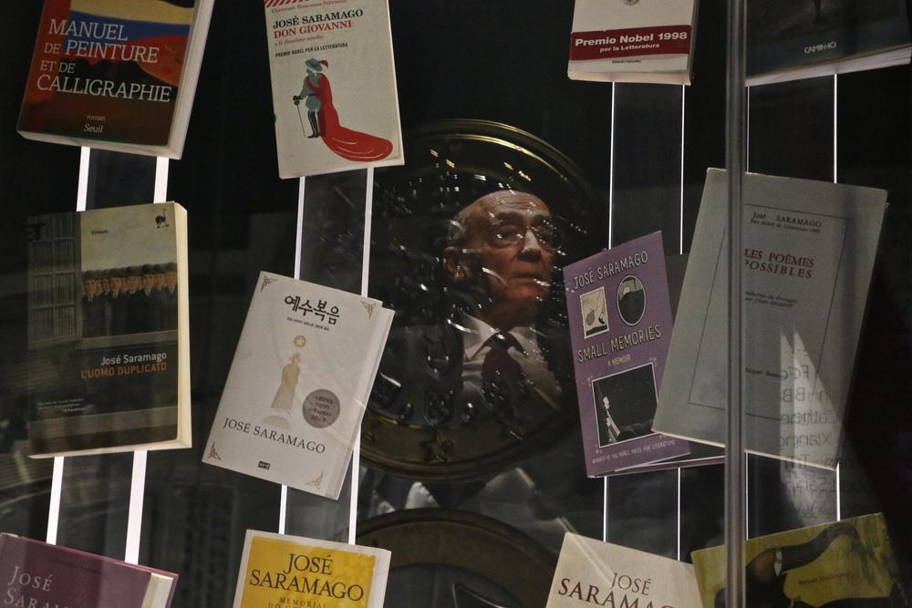 homenagem ao escritor José Saramago
