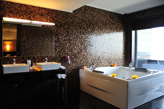 bathroom hotel axis porto