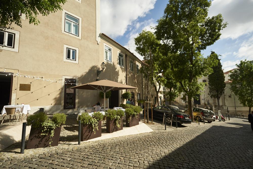 Santiago Hotel Boutique, em Alfama (ponto de partida)