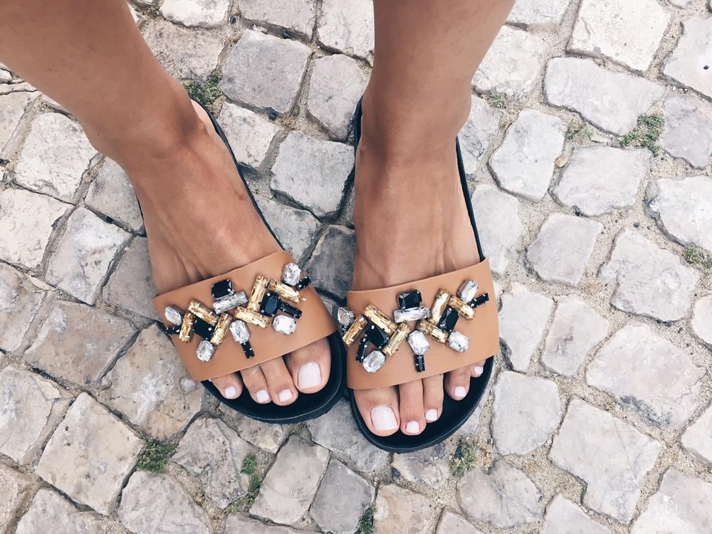 sandálias de verão C&A