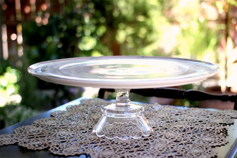 Pedestal Cake Plate-13inch-800x533-00.jpg
