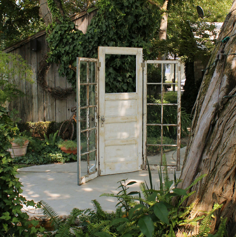 3 Door Altar