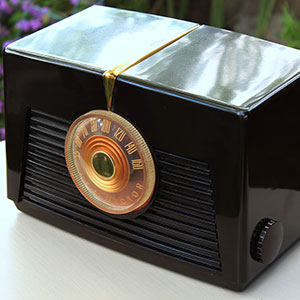 1949 - RCA RADIO - $20    MORE DETAILS & PICS...
