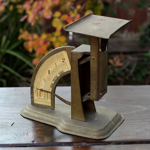 SMALL IDEAL POSTAL SCALE - $5    MORE DETAILS & PICS...