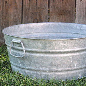 SMALL GALVANIZED WASH TUB - $15 MORE DETAILS & PICS...
