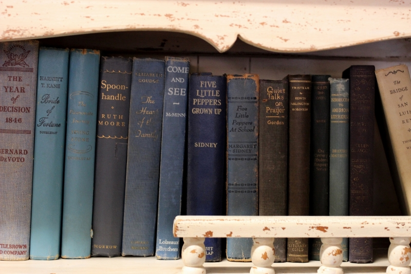 Vintage Books for Wedding Decor