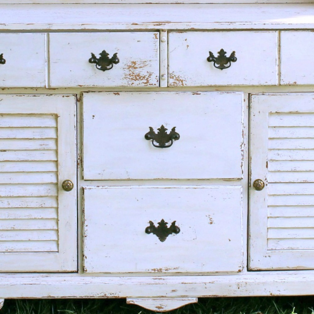 Farm House Hutch - Detail-Final.jpg