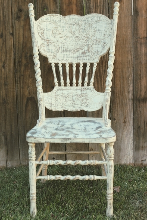 Farm House Chair RENT FOR $15 MORE DETAILS & PICS...
