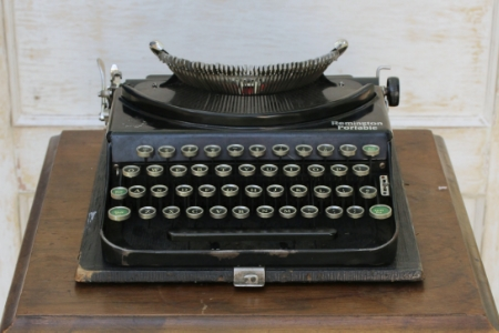 1925 REMINGTON PORTABLE #2 - $20    MORE DETAILS & PICS...