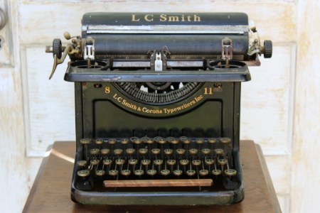 1935 - LC SMITH CORONA - $25 EACH    MORE DETAILS & PICS...