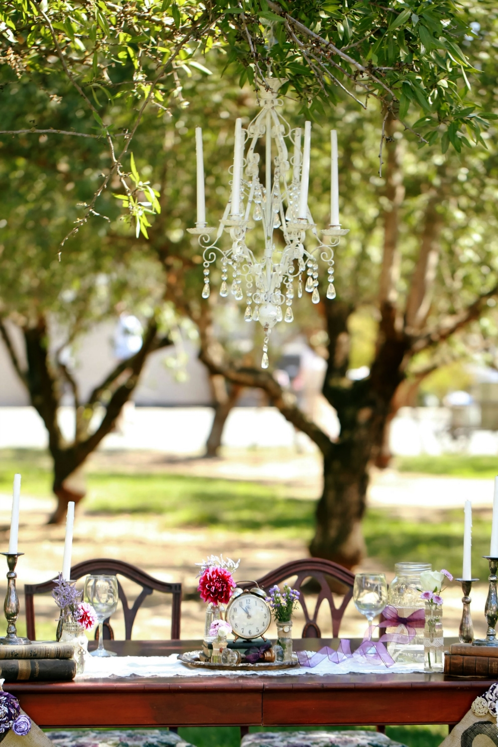 Rustic vintage Wedding Romantic Sweetheart Table