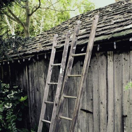 Wooden Ladder - $25 MORE DETAILS & PICS...