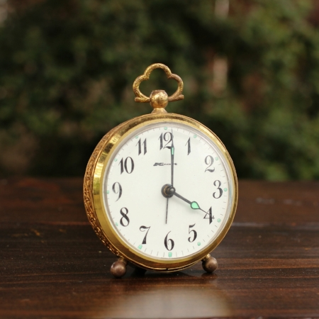 "Small ""KMart"" Filigree Clock - $3 MORE DETAILS & PICS..."