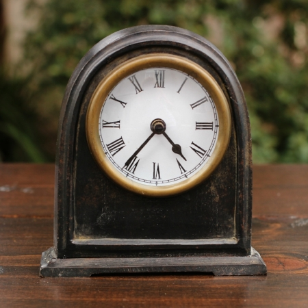 Medium Mantle Clock - $5 MORE DETAILS & PICS...