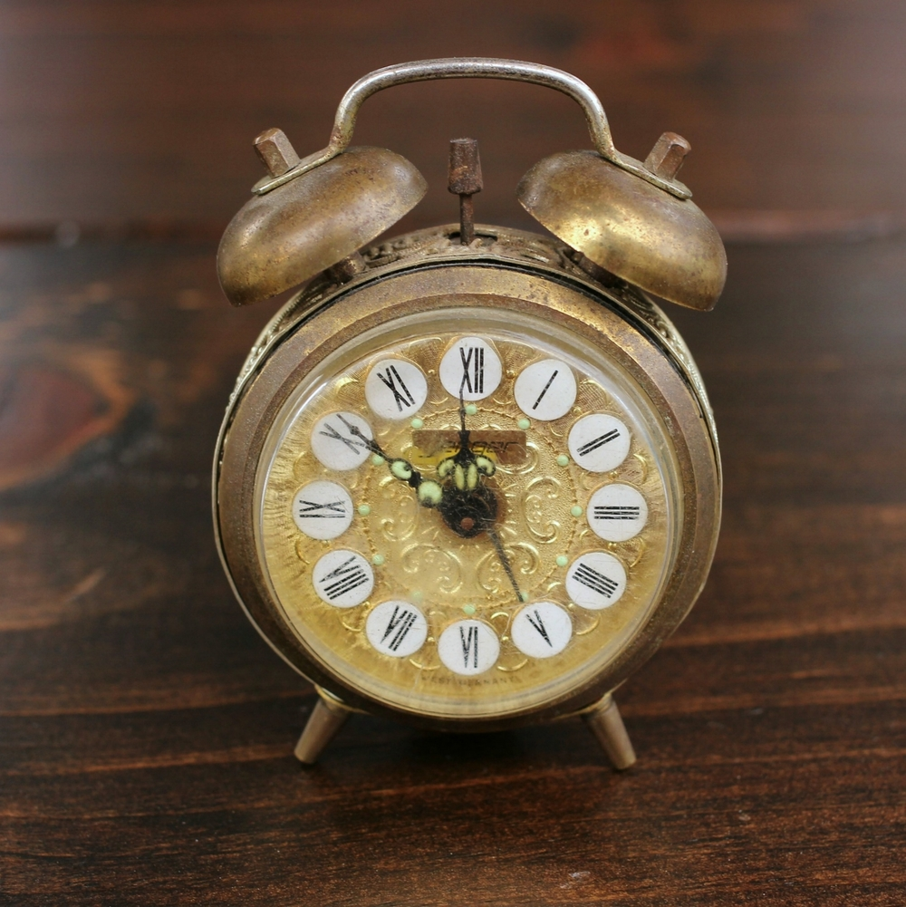 Jerger Gold Filigree Alarm Clock-Crop.jpg