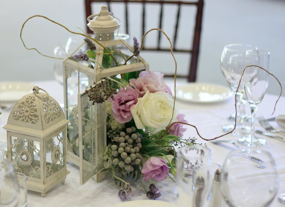 Lantern Wedding Table centerpieces