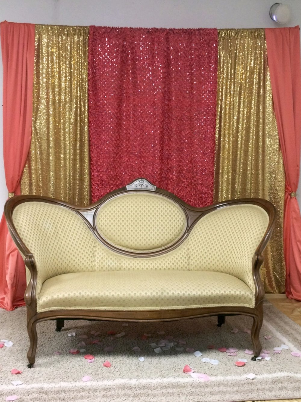Vintage Love Seat - Settee rentals