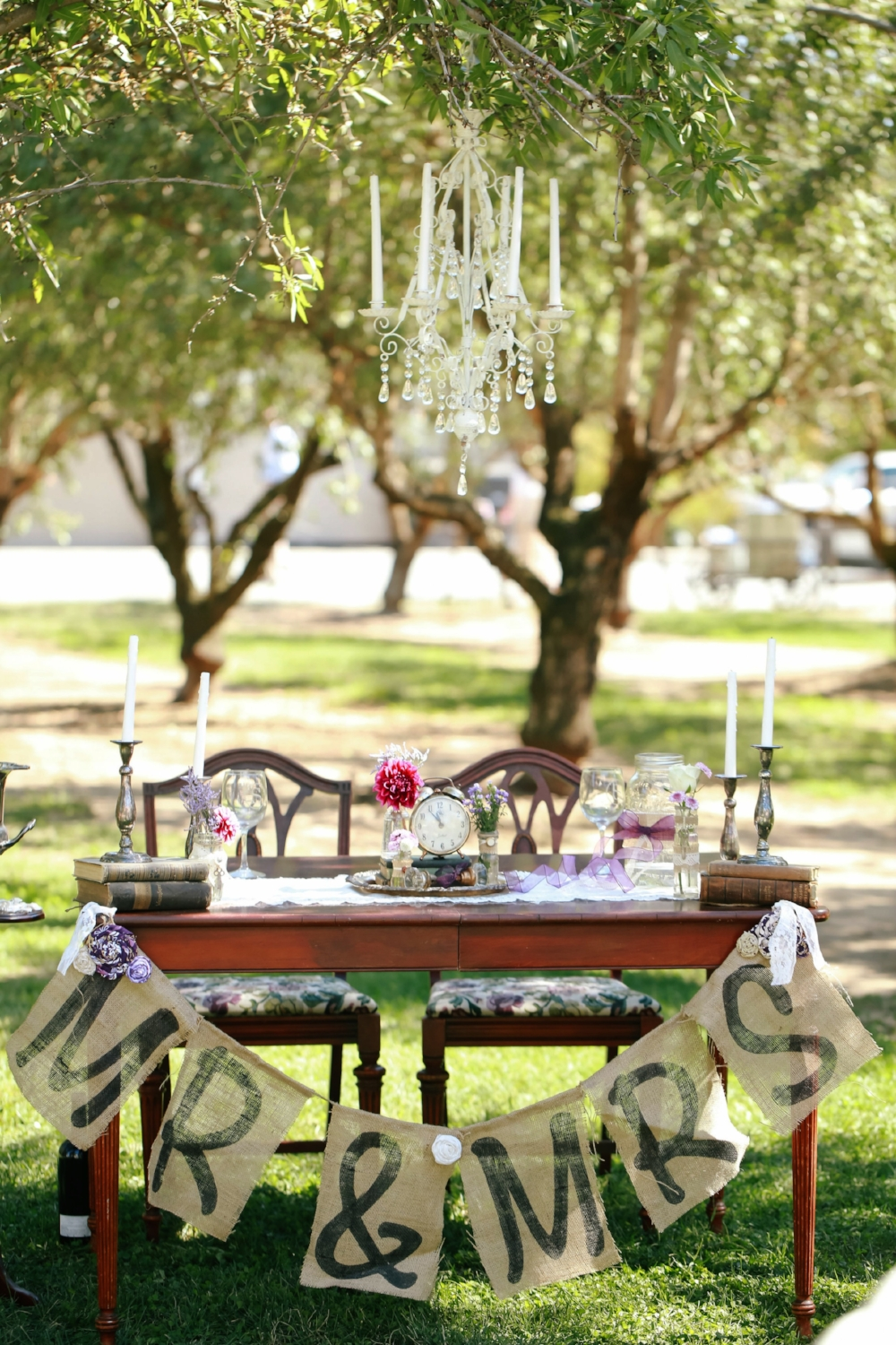 Vintage Wedding Sweetheart Table