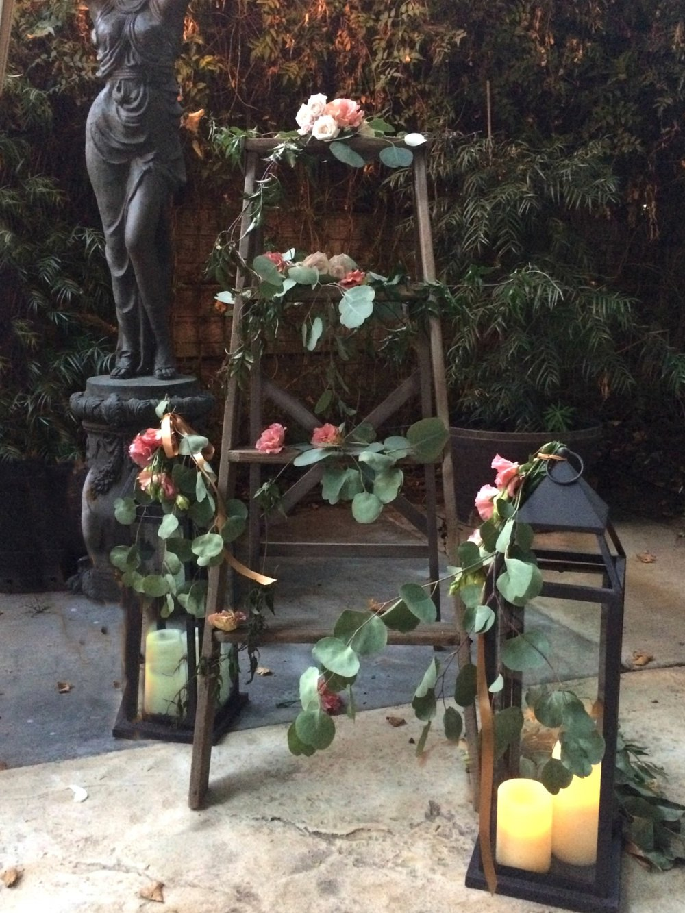 Rustic Vintage Wedding Ladder Ideas