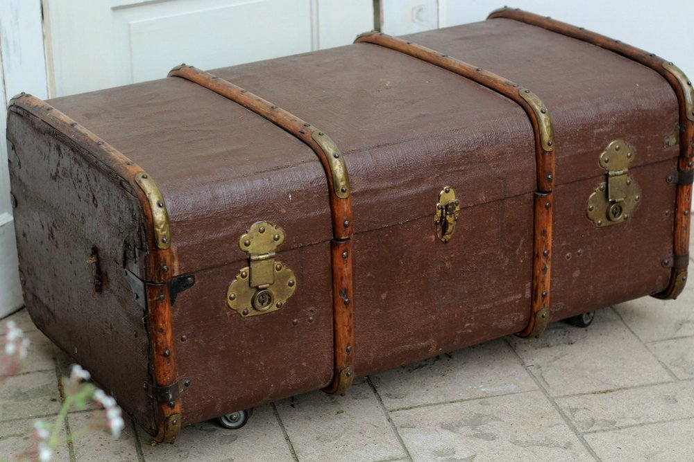 Steamer Trunk-2.jpg