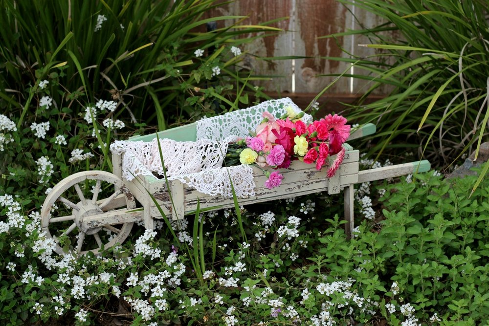 Rustic Flower Cart1.jpg