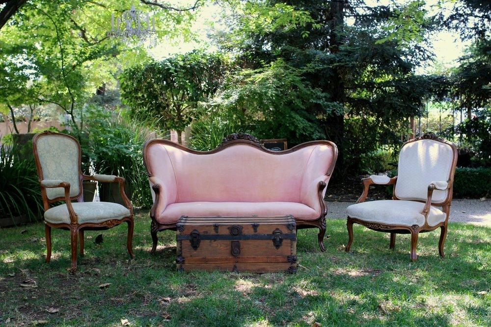 Sybil Lounge Vingette.jpg