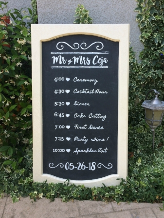 Wedding Timeline for Stephanie & Pablo on our Large, Craqueleur Chalkboard