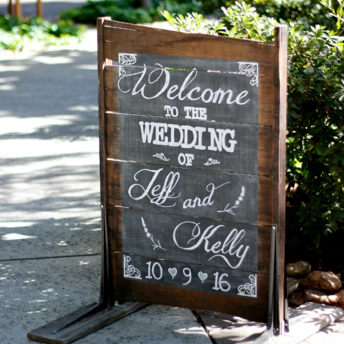 CHALKBOARD SIGNS & SIGNAGE