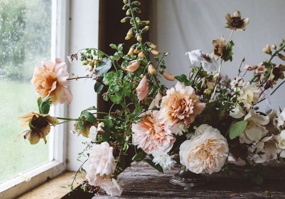 Oh Flora Studio | rose arrangement.jpg