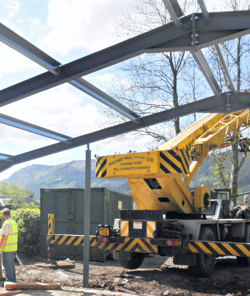 Crane Hire cropped.jpg