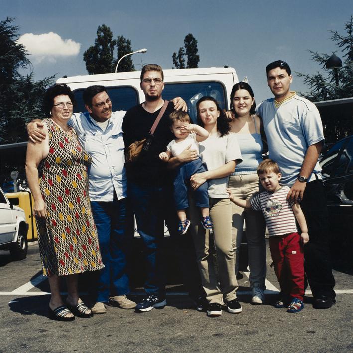 Italian family.   Area di servizio Secchia Est, autostrada A1 Milano-Napoli.   August 2001