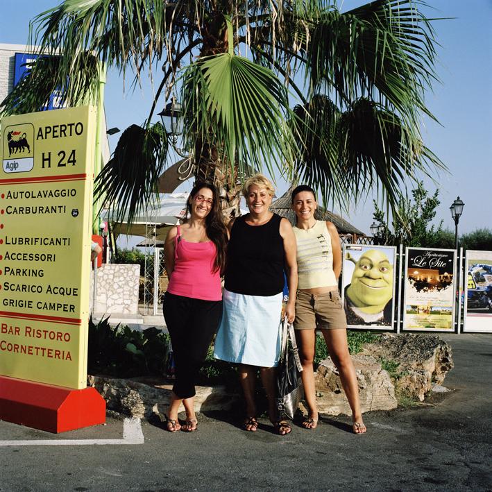 Italian family.   Area di servizio Muro Leccese, strada statale SS 16 Maglie-Otranto .   August 2008