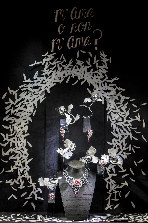 M'ama o non m'ama ? , Elena Borghi scenographer&more    Sicis, Milan
