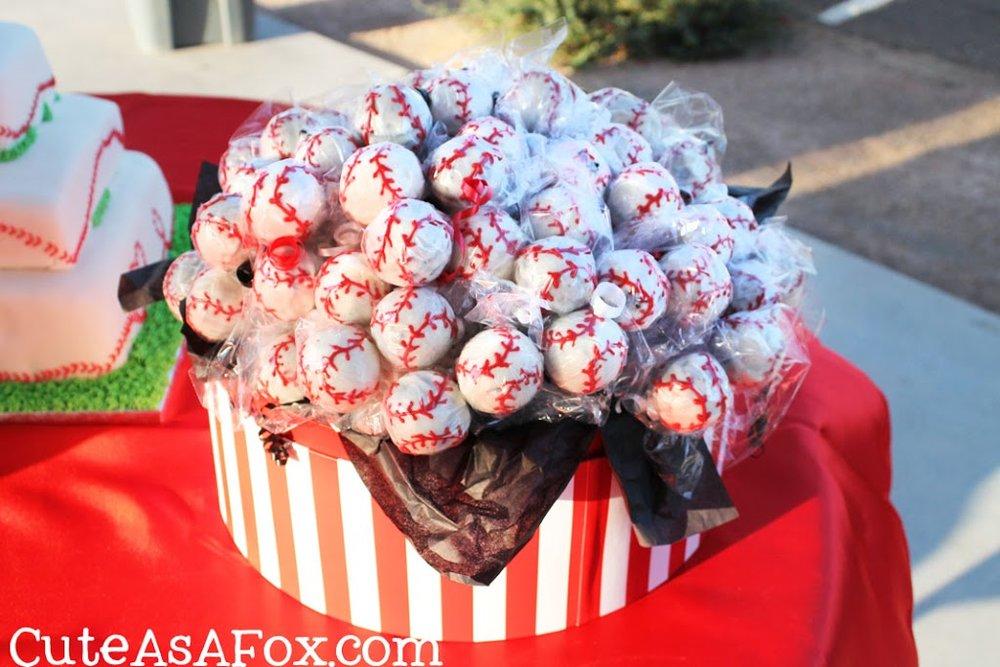 Baseball-Wedding-baseball-cakepops1.jpg