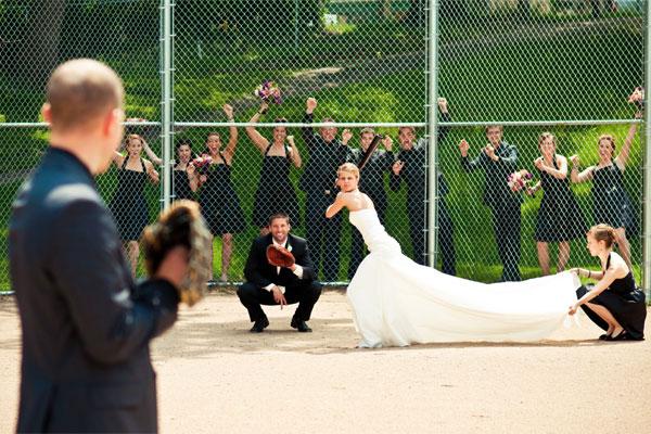 baseball-wedding-photo.jpeg