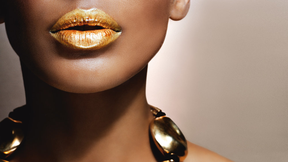 5-ways-to-work-gold-lipstick-into-your-beauty-kit-Pascal-Chevalier.jpg