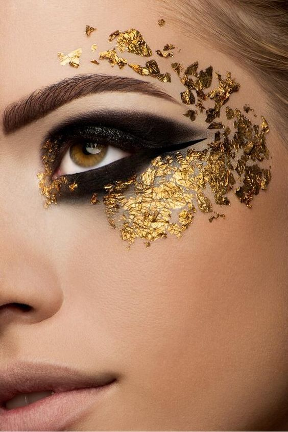 attractive-gold-and-black-eyes-makeup-12.jpg