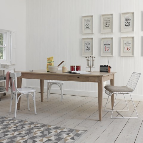 Loaf has a rustic kitchen table for £675