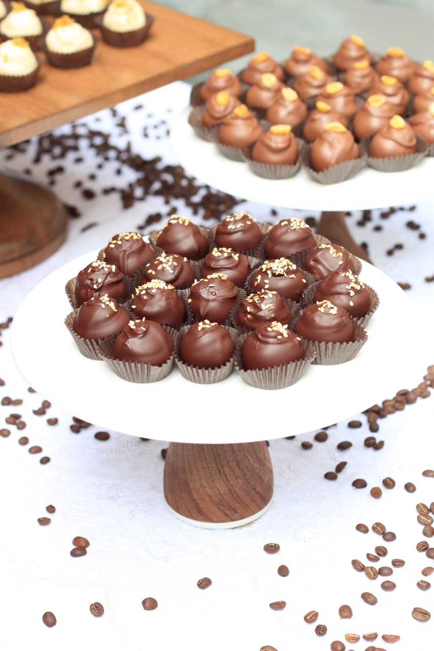 Nimble-Well-chicago-dessert-table-rental-Katherine-Anne-Confections-chocolate