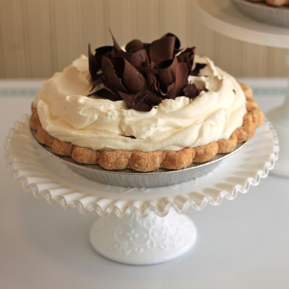 Hoosier-Mama-Chicago-pie-wedding-dessert-Nimble-Well-rentals
