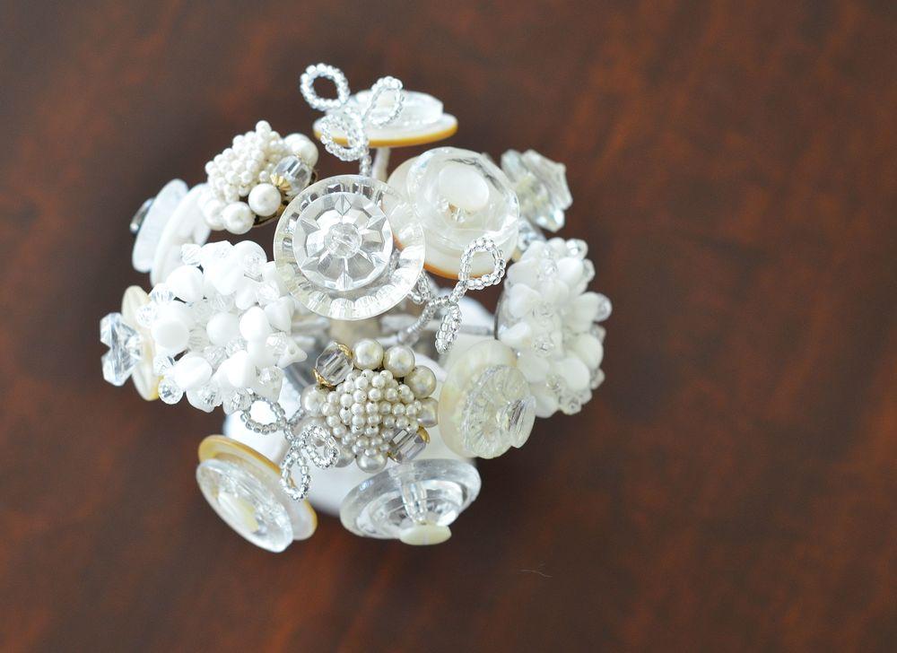 Button Bouquet using vintage buttons
