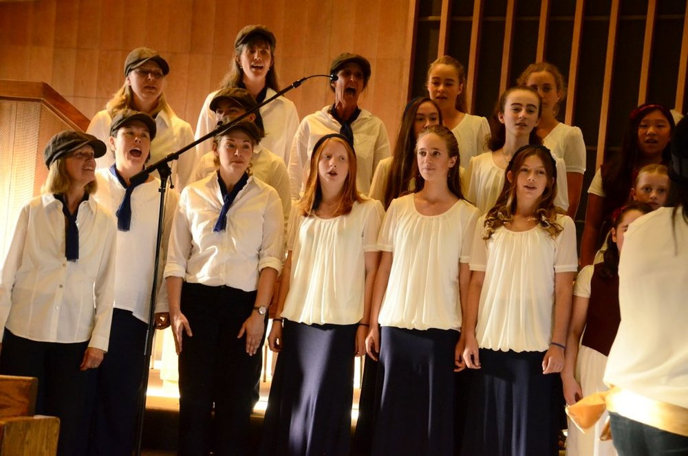 Performing at the 7th Annual Bija Children's Choir Harvest Benefit Concert, November 2016 at the Sebastopol Community Church
