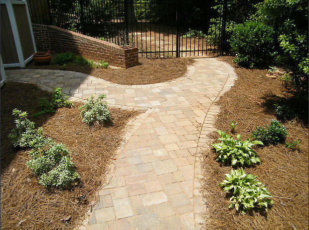 decks_by_design_paver_path.jpg