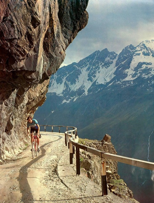 cyclocult :     JOBST BRANDT DOIN' HIS SWISS THANG