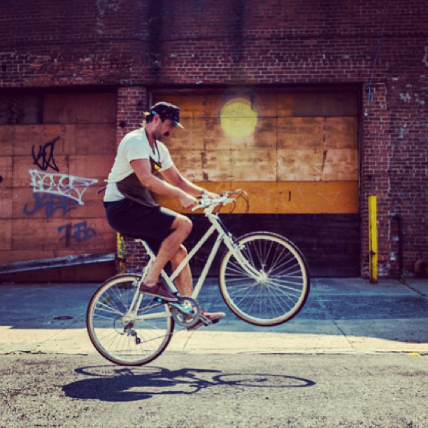 Sweet article on GIZMOTO by @nicholasrstangoi  http://gizmodo.com/a-look-inside-the-workshop-of-brooklyn-bike-builder-hor-1173366918  (at Horse Cycles Workshop)