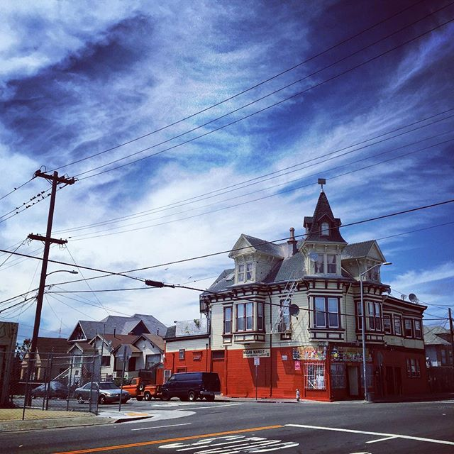 West Oakland : 2015 #oakland #thebay #travel #document #diversity #home #culture #nemaetebar #community #neighborhood #history #america #California #cali #church #sunday #streetphotography #iphone #igers