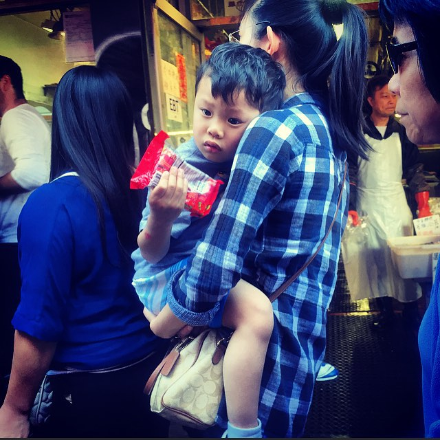 Chinatown : San Francisco 2015 #sf #sanfrancisco #cali #California #chinatown #culture #travel #elder #perspective #people #streetart #streetportrait #streetphotography #nemaetebar #america #iphone #igers #photojournalism #humanity #human #document #diversity #Chinese #candy #youth #kids