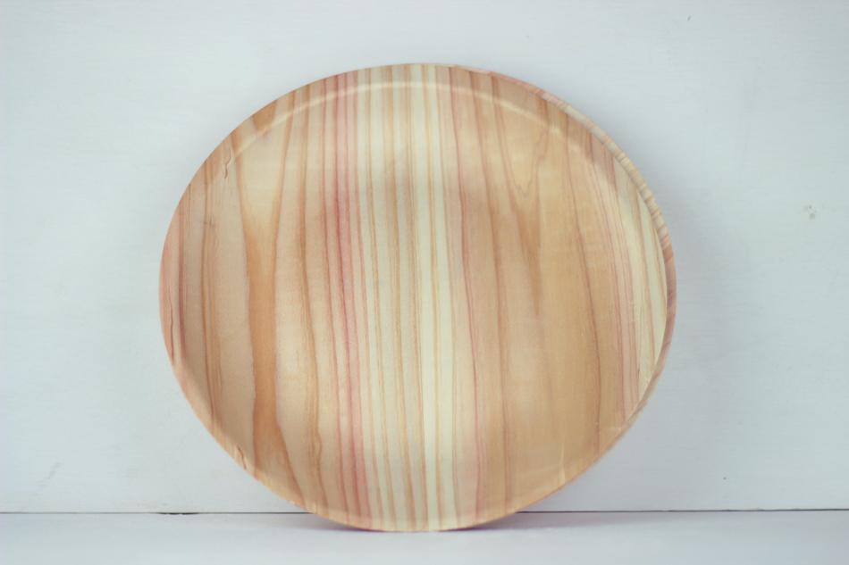 woodplatesstand.jpg